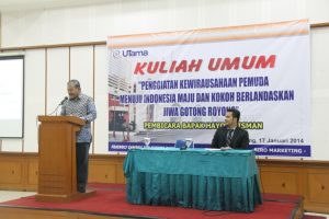 Ka. Prodi Manajemen D3 Selaku Moderator dan Bpk Hayono Isman